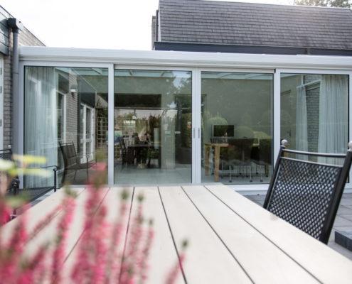 Alruco Serrebouw lichte serre uitbreiding woonkamer