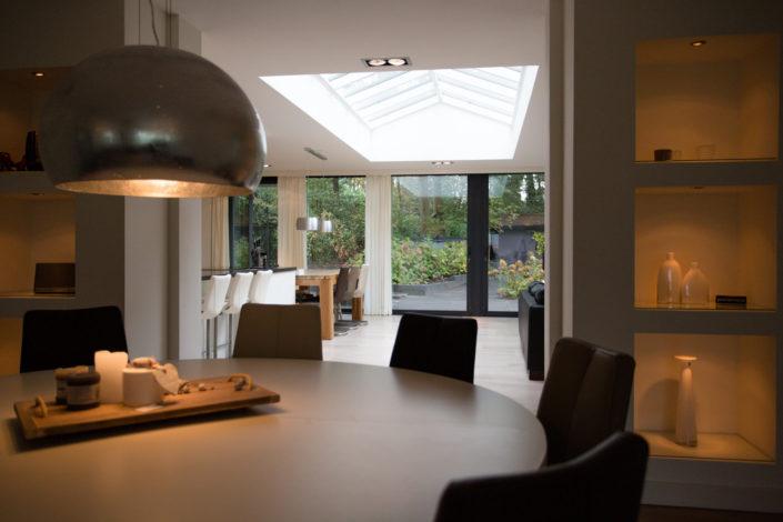 Project Alruco mooie ruime aanbouw met veel licht`