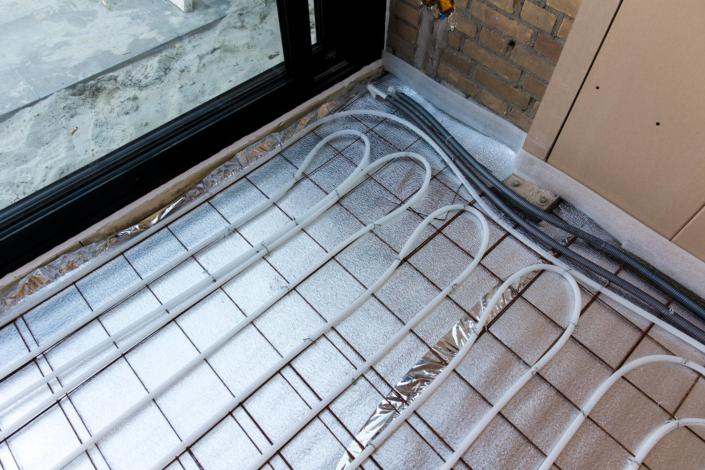 Een mooie 'onzichtbare' vorm van verwarming in uw aanbouw