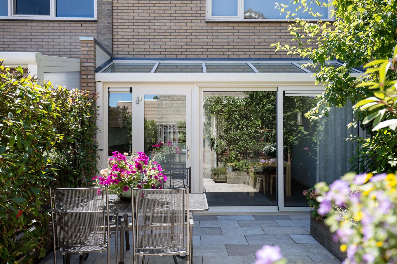 Serre in Eindhoven compleet inclusief bouwkundige werkzaamheden door Alruco gerealiseerd.
