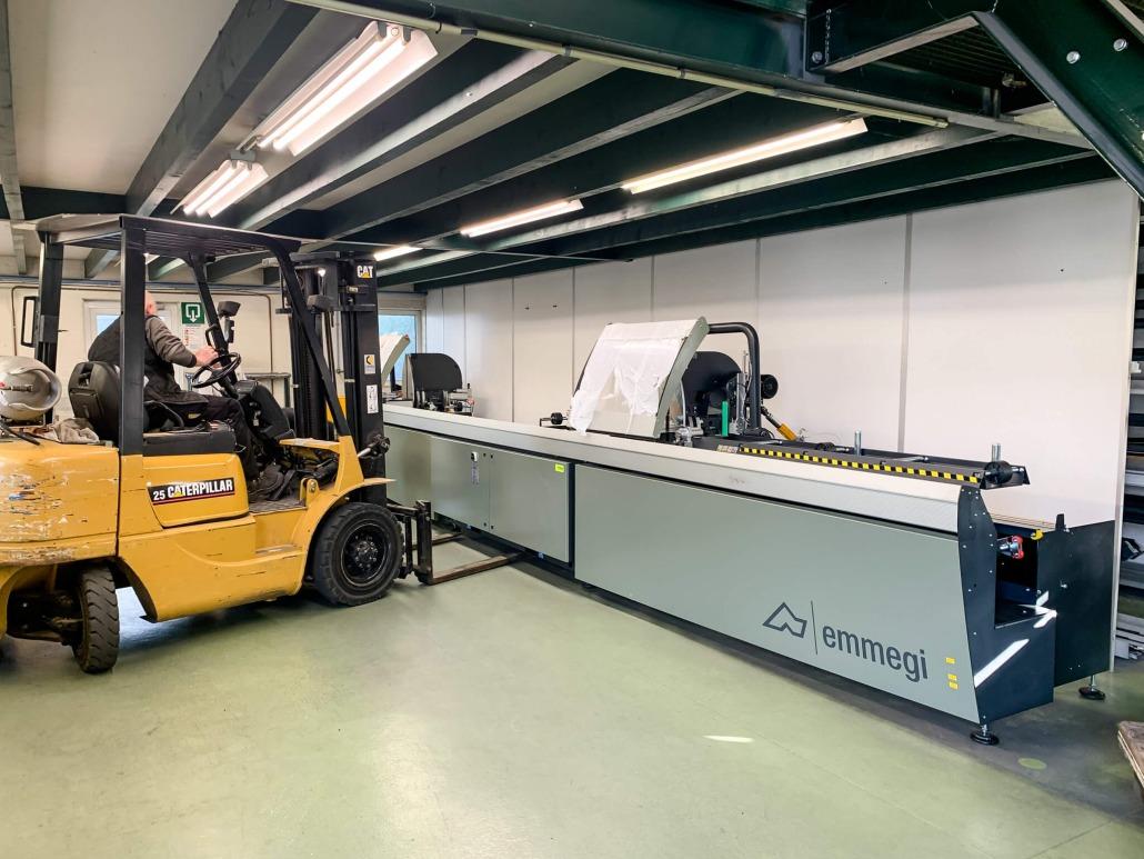 Op de juiste plek gezet   Vernieuwing machinepark